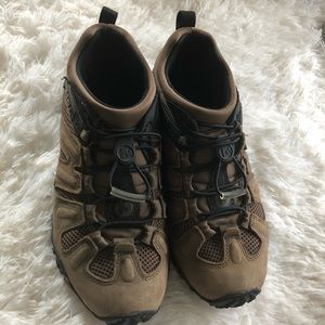 Men's Merrell Canteen Hiking Shoes Size 7.5
